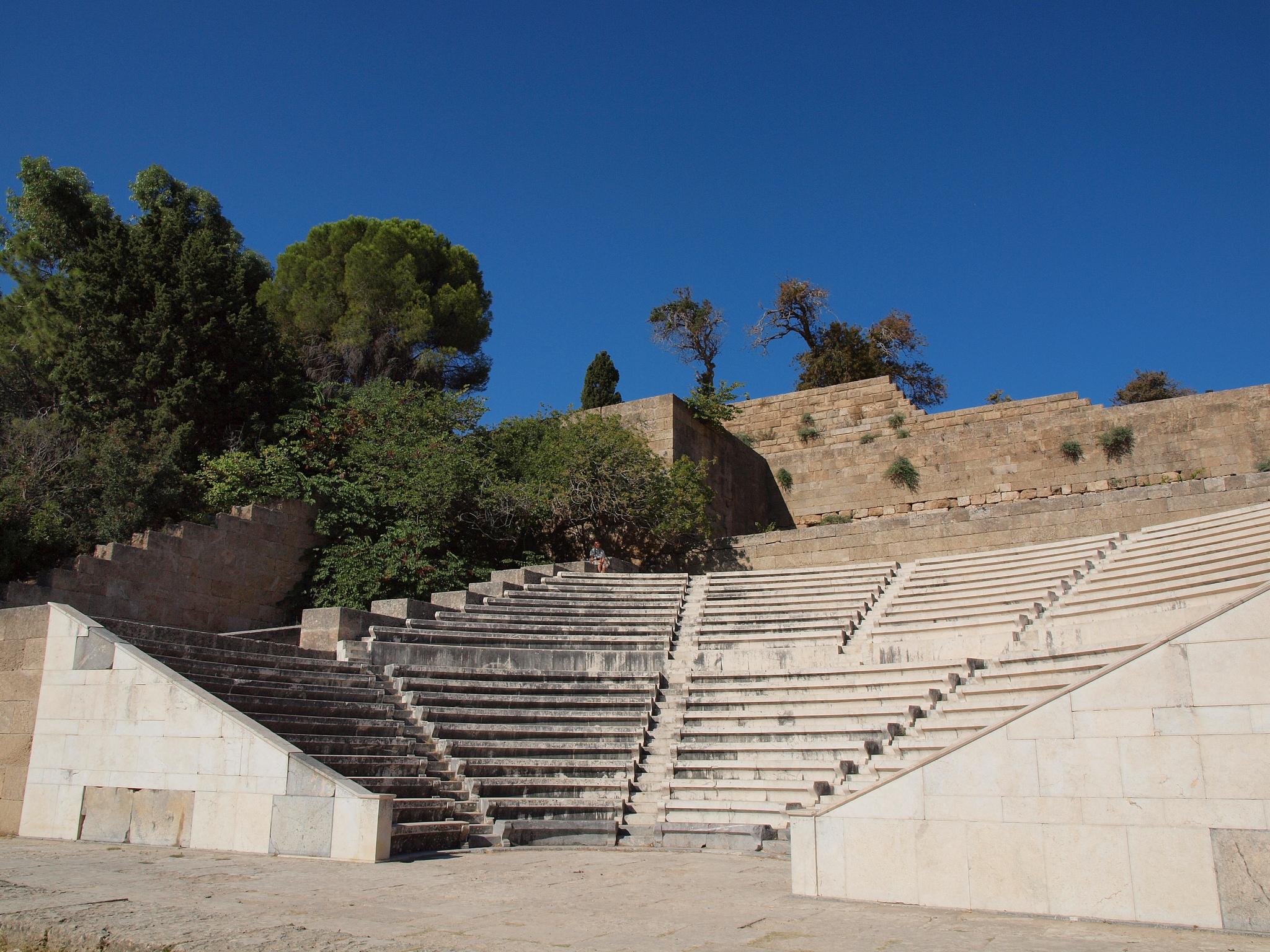 Акрополь в Линдосе, античный театр