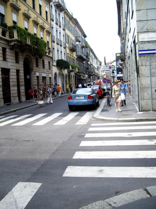 Улица Via Montenapoleone, Милан.JPG