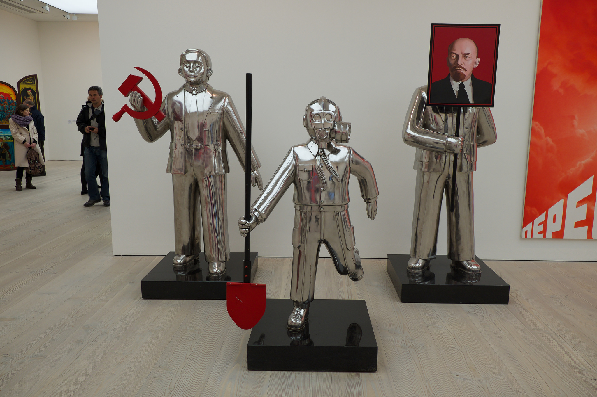 Галерея Саатчи, экспонаты