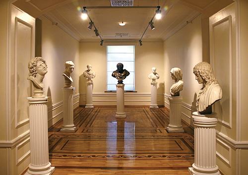 Зал скульптур, Музей искусств Азербайджана, Баку