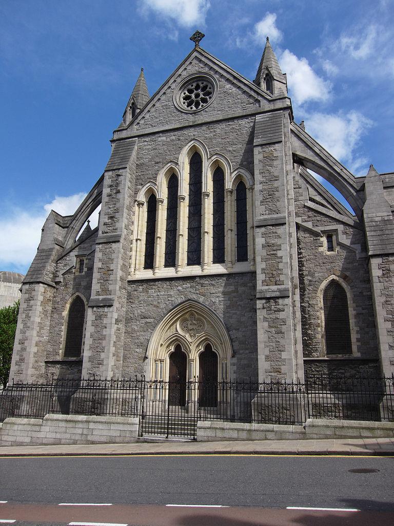 Церковь Крайст-чёрч (собор Церкви Христовой), вход