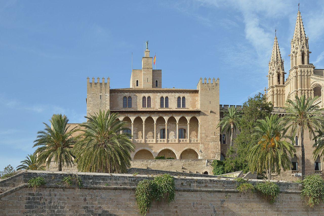 Дворец Альмудайна, Пальма-де-Майорка