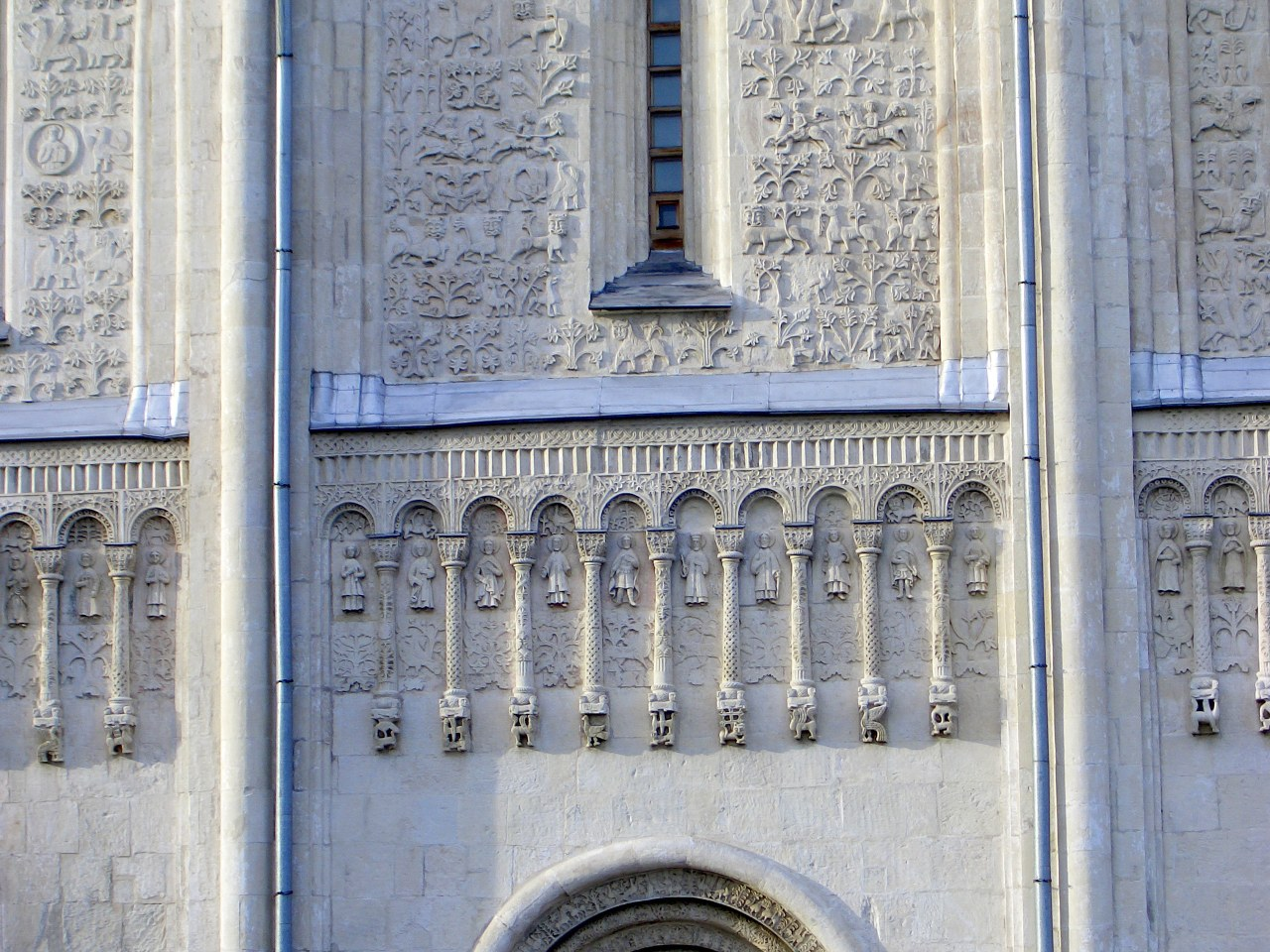 Дмитриевский собор во Владимире - декор