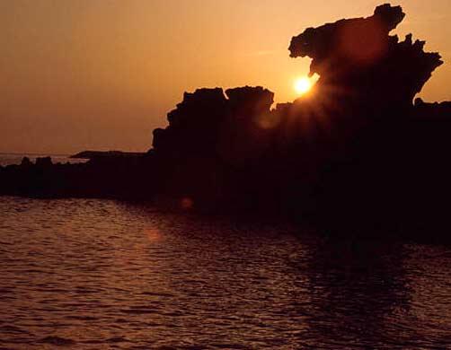 Потрясающий закат на острове Чечжудо.jpg