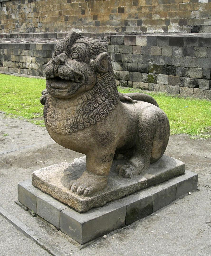 Боробудур, лев-охранник