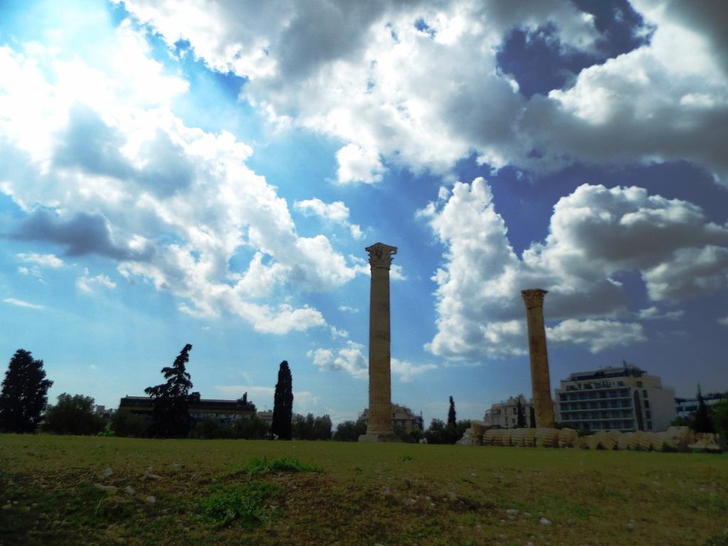 Колонны Олимпейона, Акрополь, Афины
