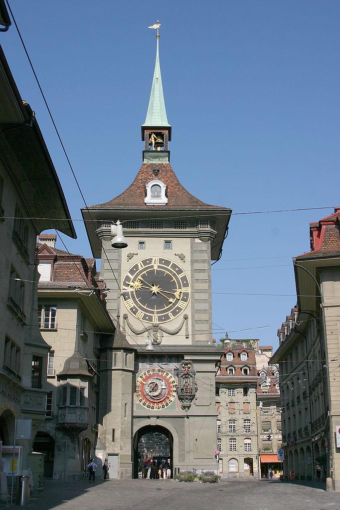 Старый город Берна, башня с часами Цитглогге