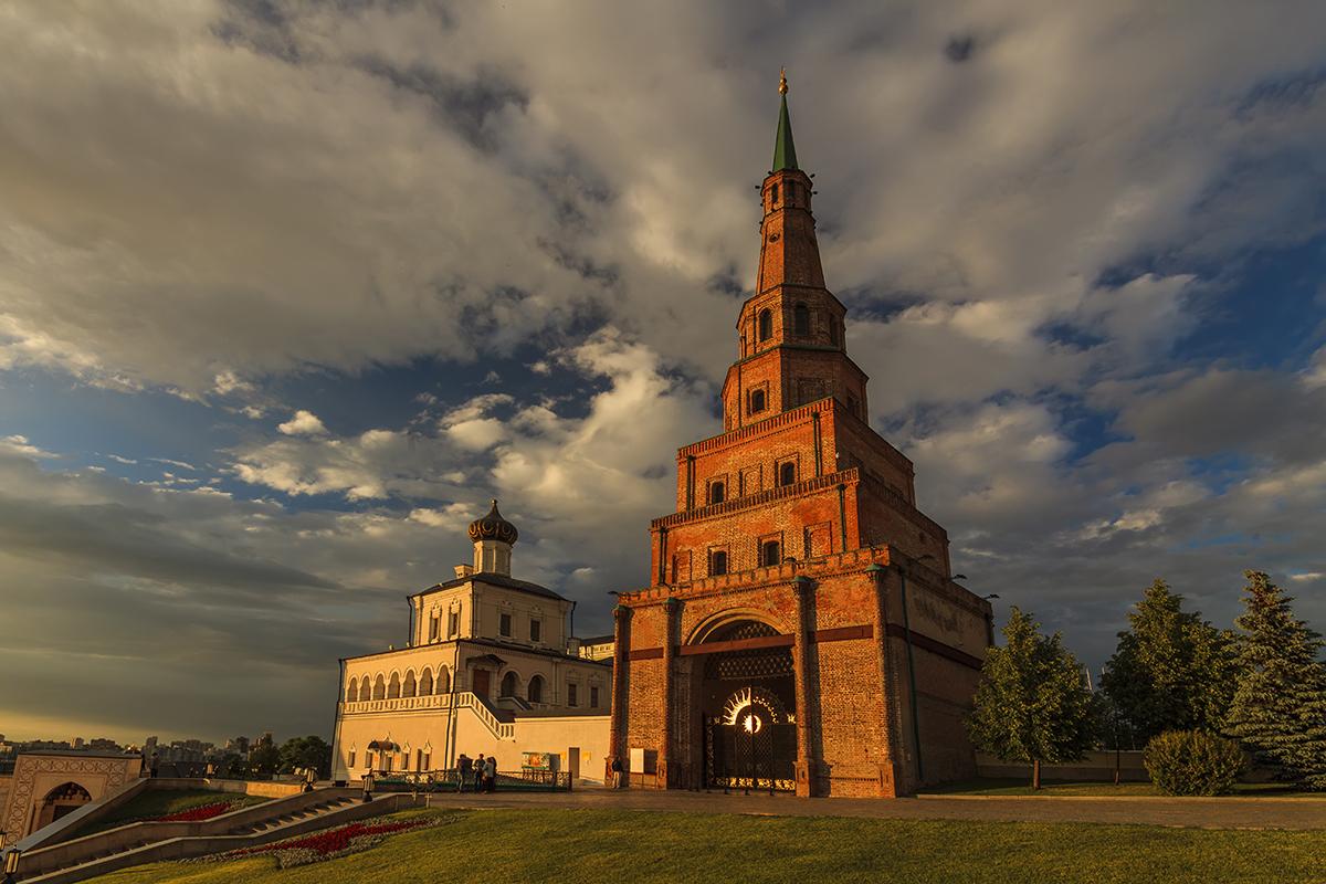 Башня Сююмбике, Казанский кремль