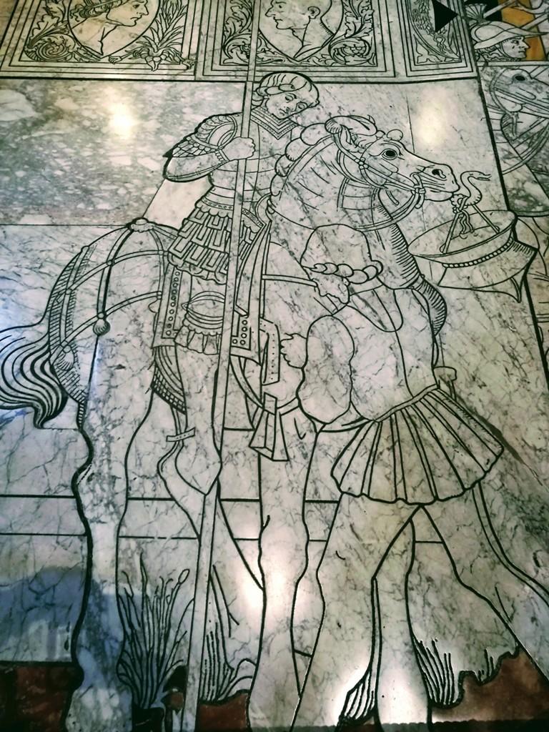Художественная мозаика на стенах Сиенского собора, Италия
