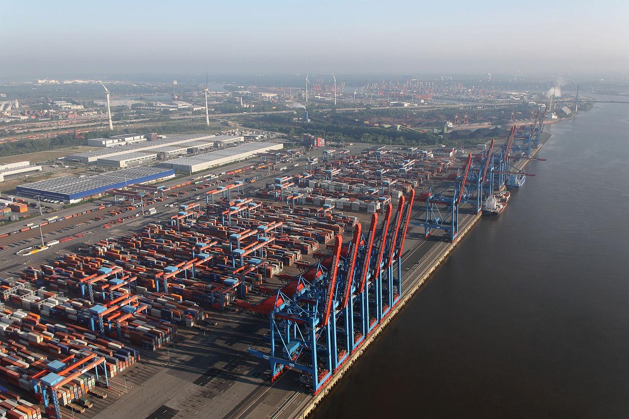 Порт Гамбурга, контейнерная площадка