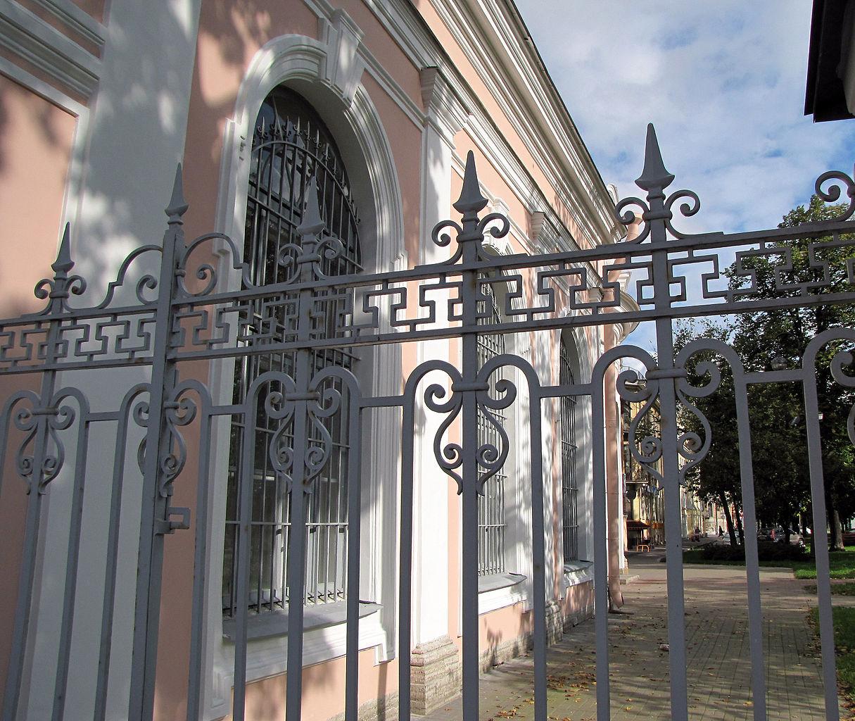 Андреевский собор Санкт-Петербурга, ограда храмового комплекса