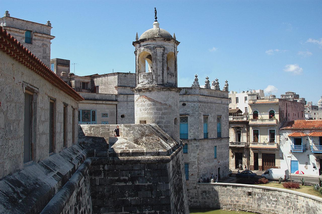 Крепость Ла-Реаль-Фуэрса, старейшая каменная крепость в Америке