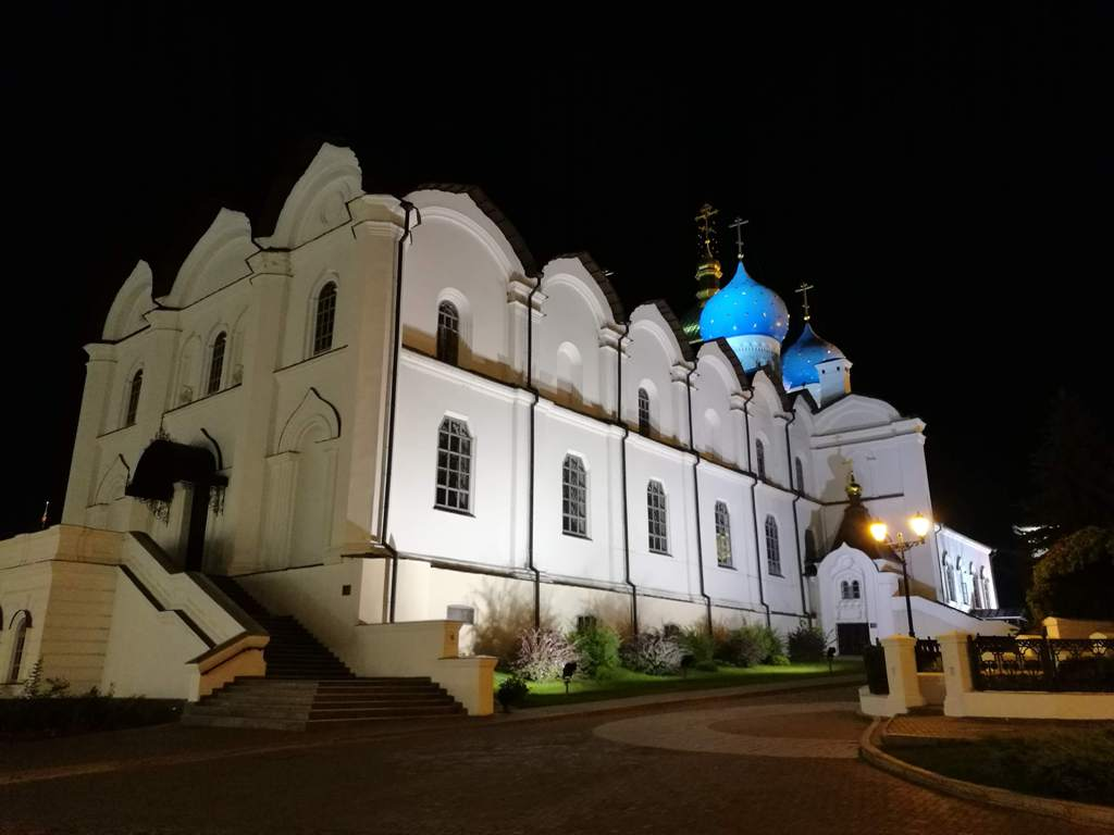 Ночное освещение Благовещенского собора Казанского кремля, Россия