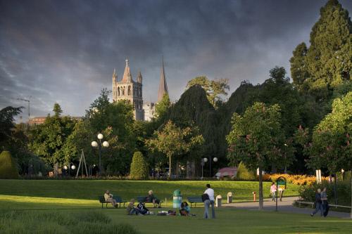 Отдых в парке, Лозанна.jpeg