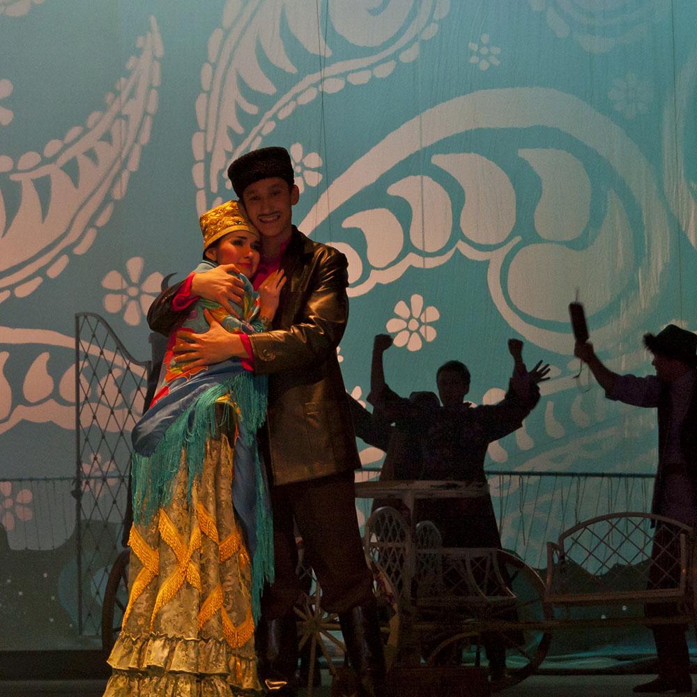 Татарский академический театр имени Галиасгара Камала, одна из постановок