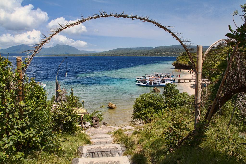 Бали-Барат, причал и пляж