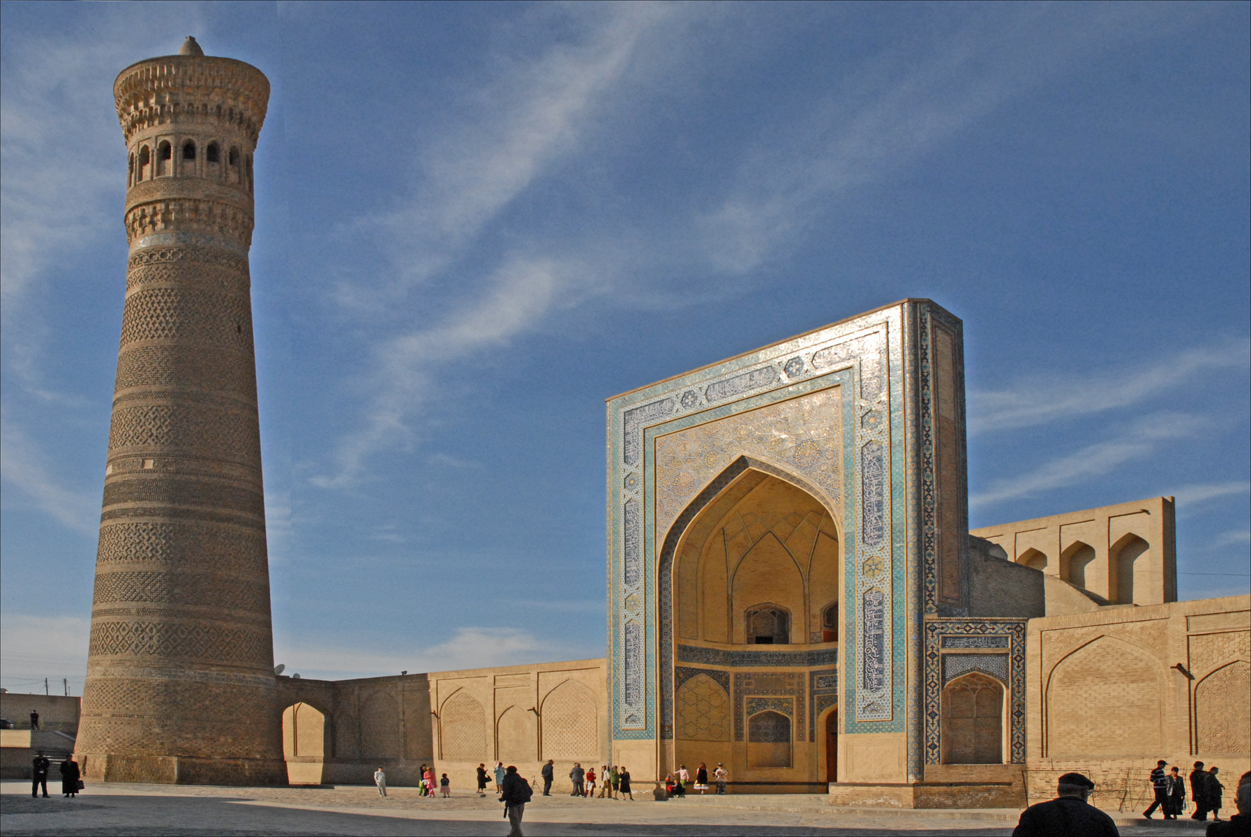 Популярные достопримечательности Бухары (Узбекистан), что ... Минарет Калян