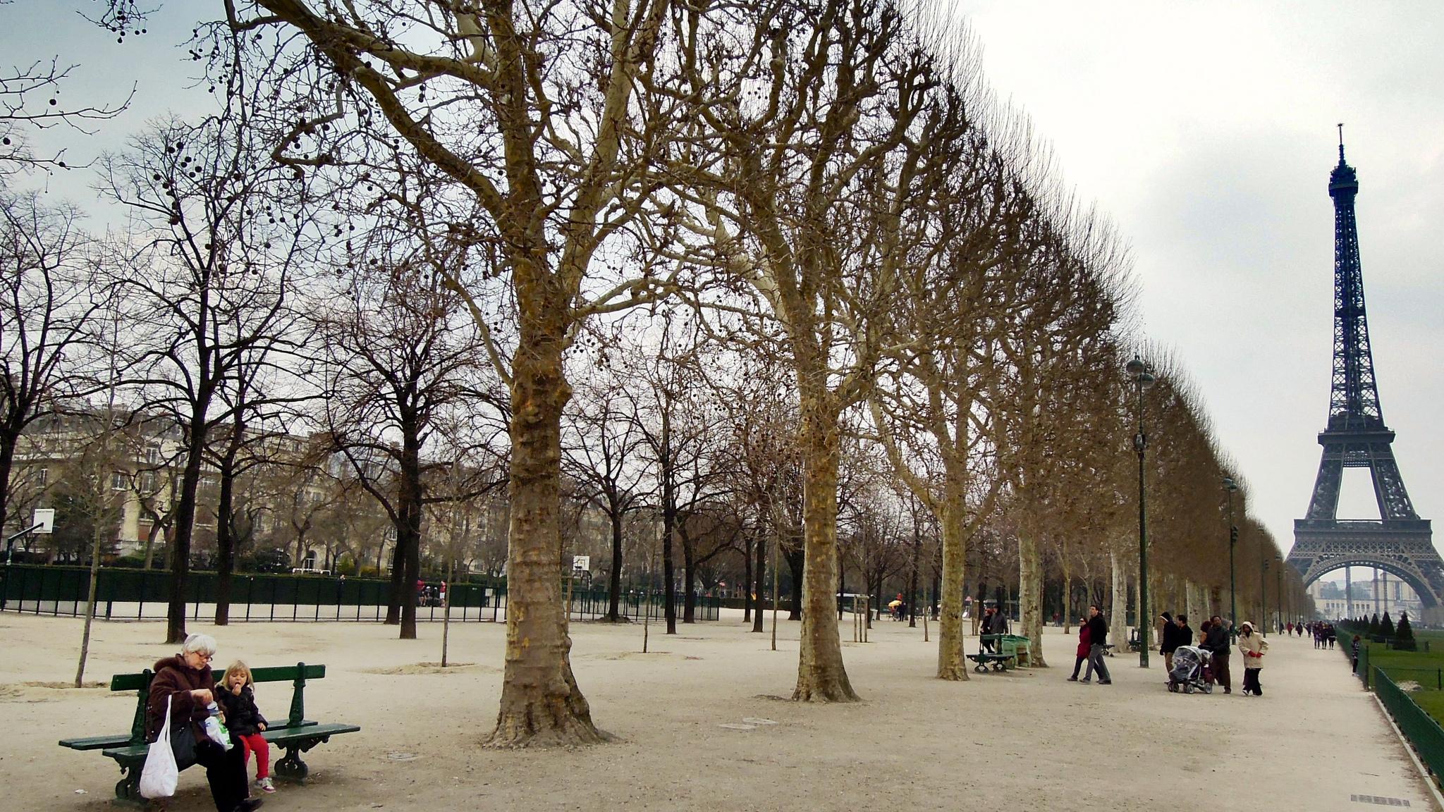 Марсово поле в Париже, аллея