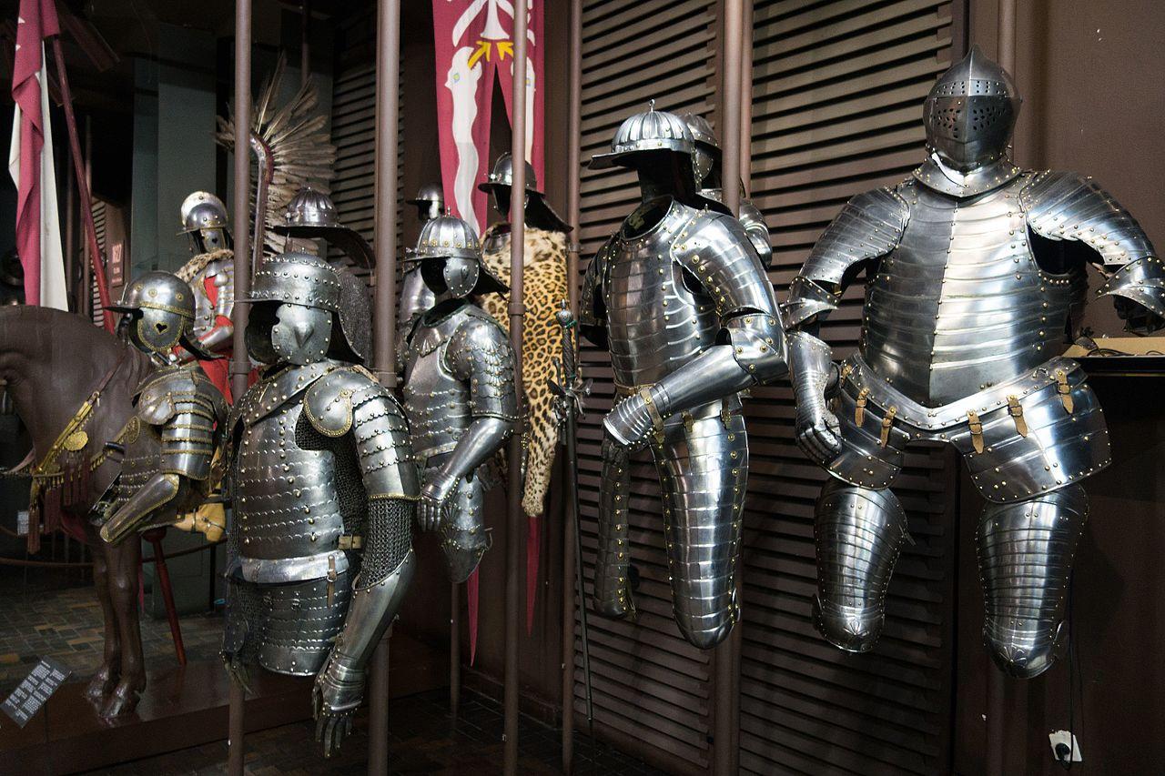 Музей Войска Польского, рыцарские доспехи