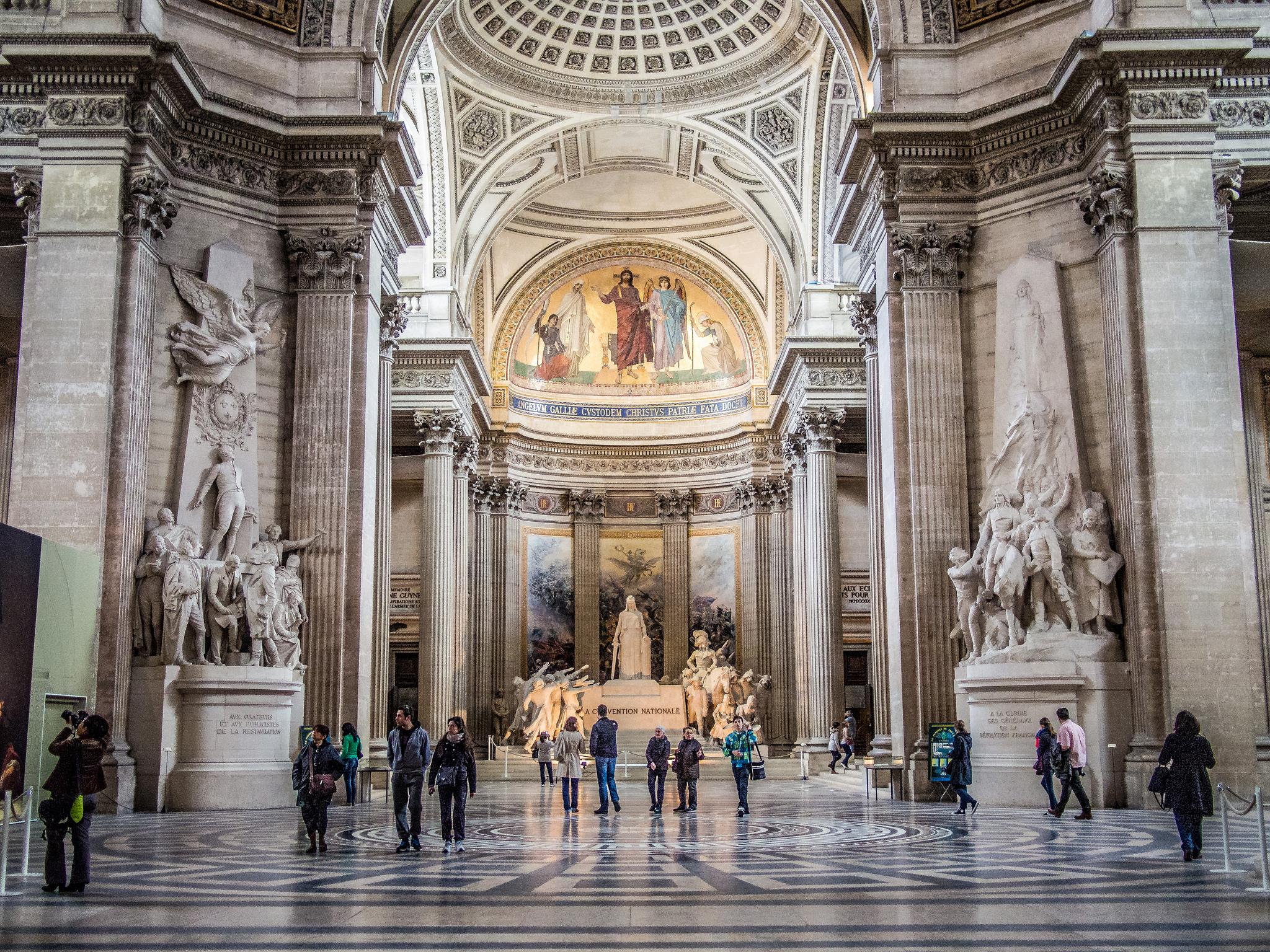 Пантеон в Париже, интерьер