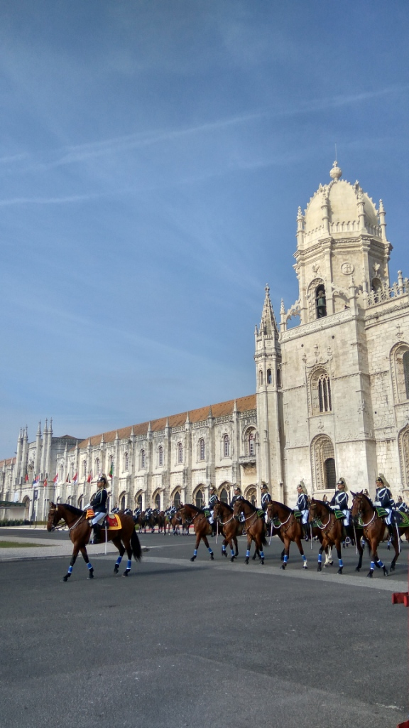 У монастырья Жеронимуш в Белене, предместье Лиссабона