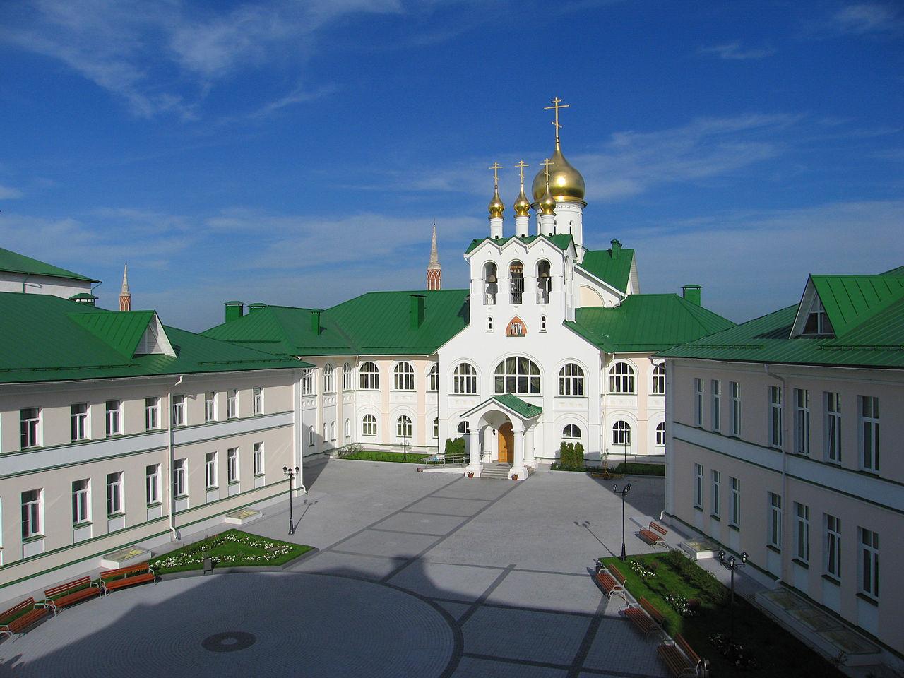 Богоявленский Старо-Голутвин монастырь в Коломне, духовная семинария