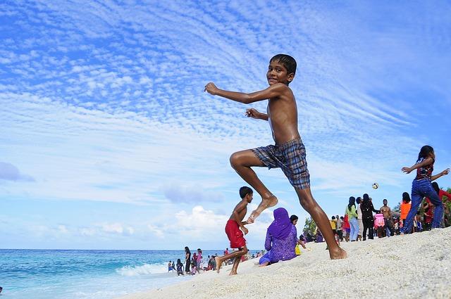 Www.maxpixel.net-Holiday-Atoll-Destination-Beach-Honeymoon-Couple-2179102.jpg