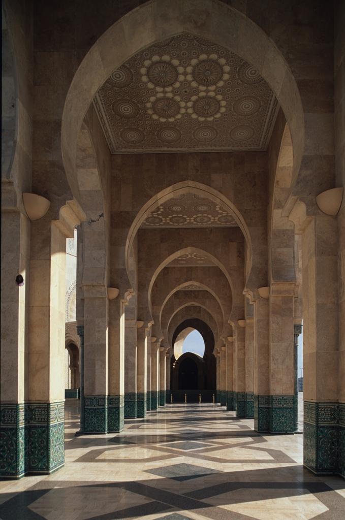Архитектура мечети Хасана II, Касабланка.jpg