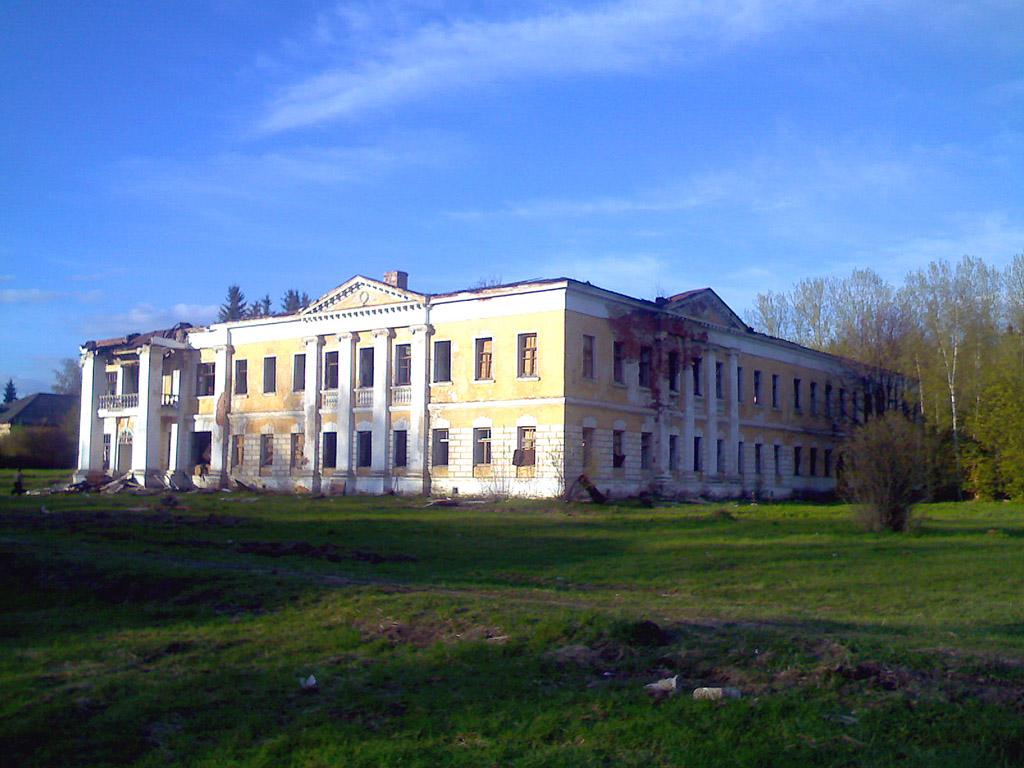 Гребнево, восточный флигель
