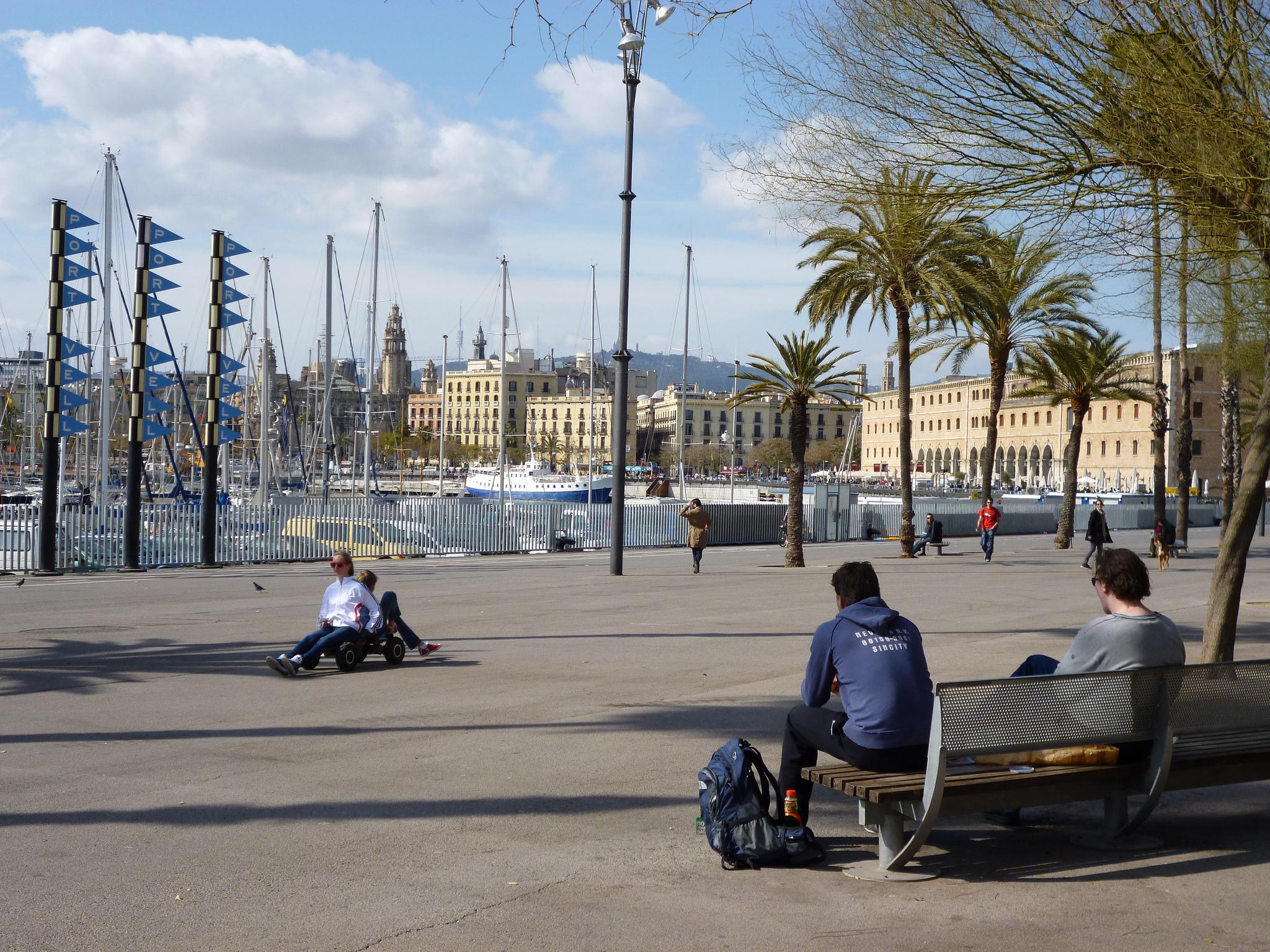 Старый порт Барселоны, набережная