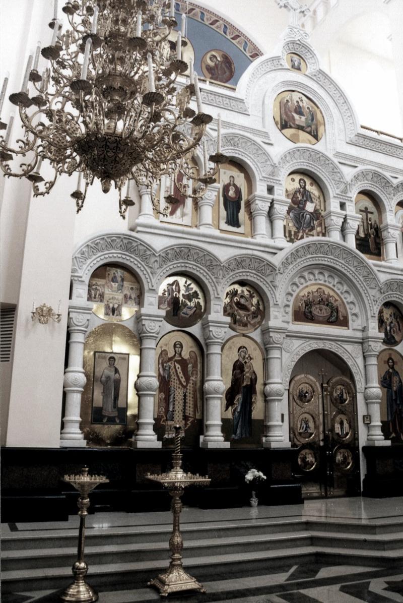 Внутри Храма-на-Крови, Екатеринбург