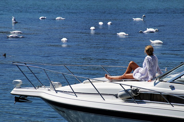 Www.maxpixel.net-Boat-Summer-Water-Holiday-Nature-Cruise-Blue-3601342.jpg