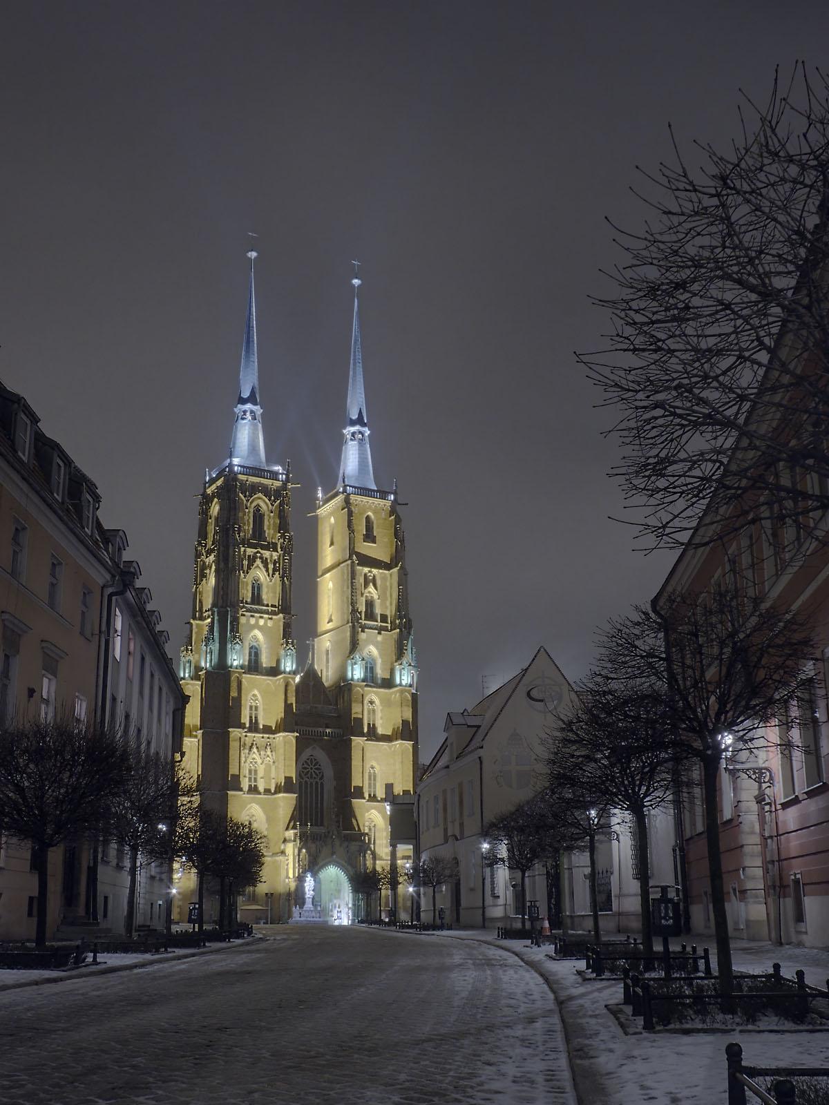 Вроцлавский собор в вечернее время