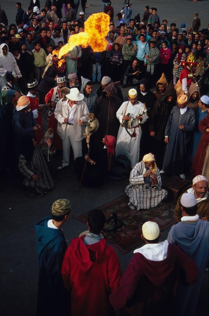 Заклинатели змей на площади Джема-эль-Фна, Марракеш