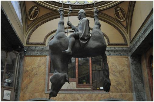 ТОП-6-самых-необычных-памятников-в-Праге3.jpg