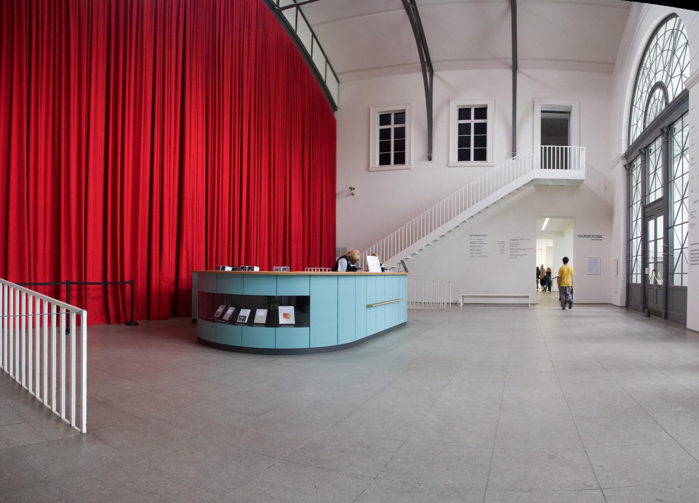 Гамбургский вокзал в Берлине, интерьер