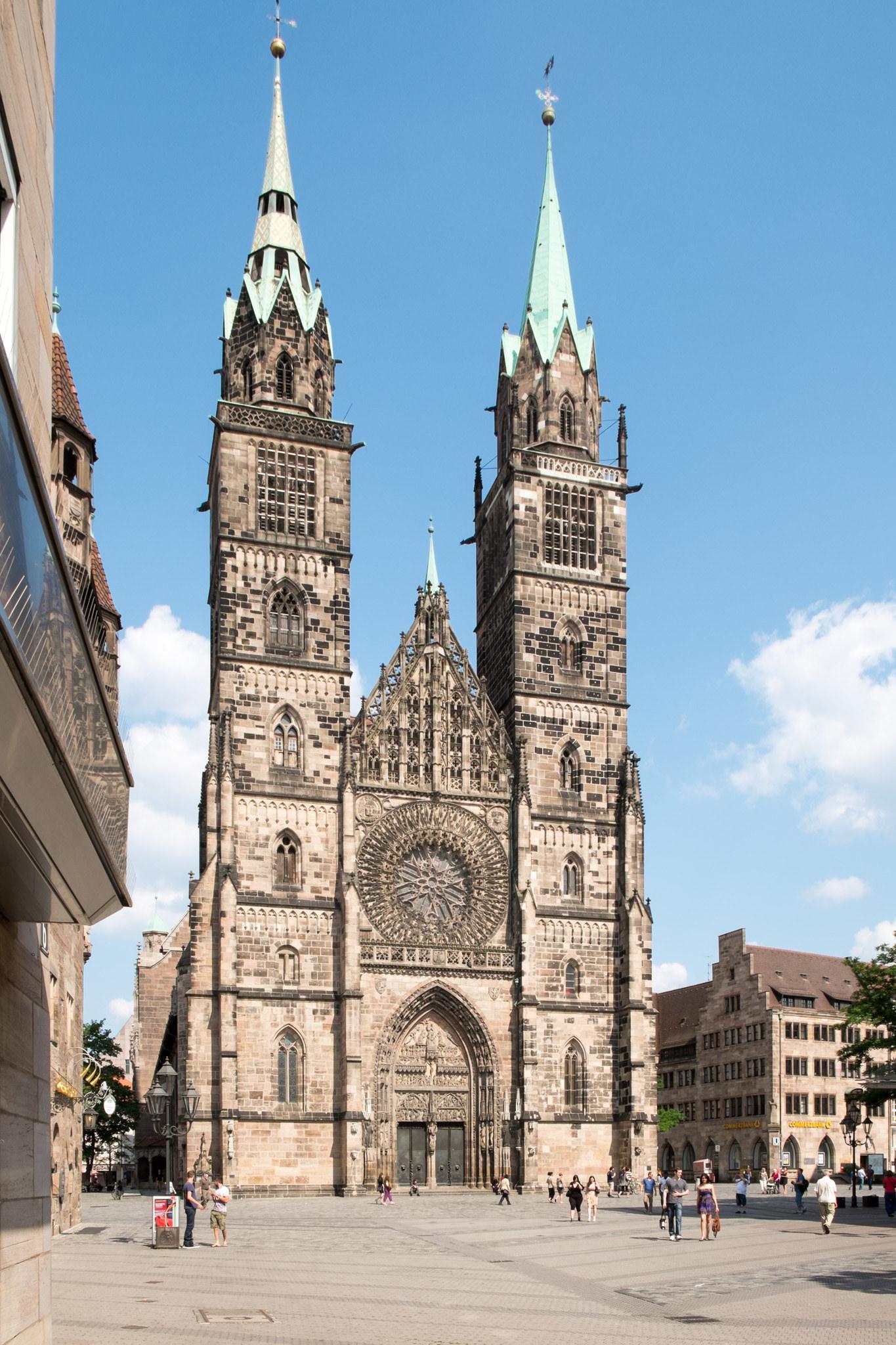 Историческая миля Нюрнберга, церковь Святого Лаврентия