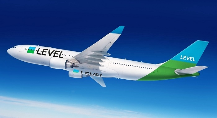 Новый лоукостер полетит из Европы в Америку.jpg