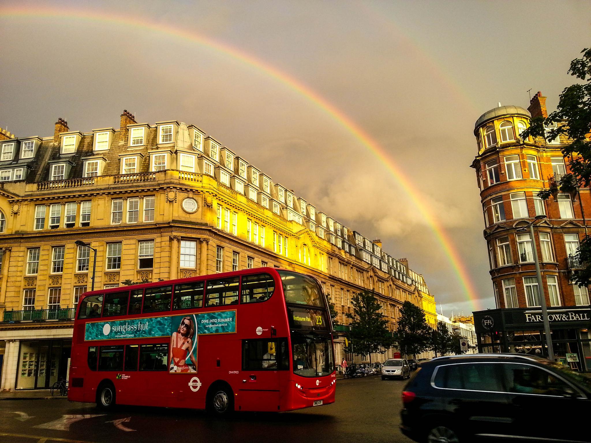 Радуга над Ноттинг-Хилл, Лондон
