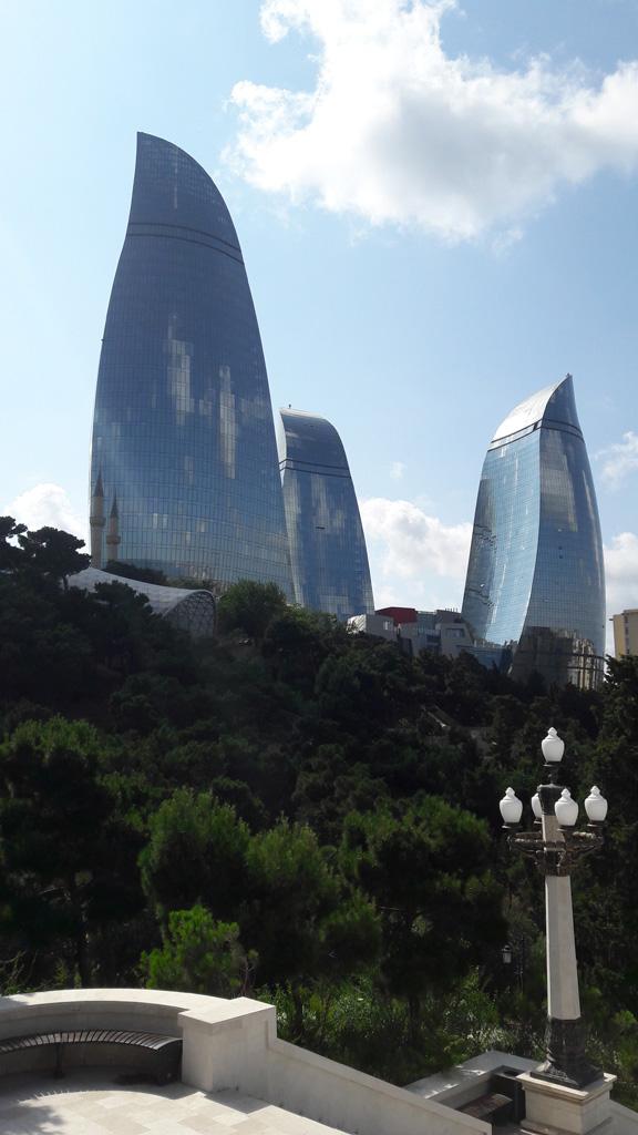 Пламенный башни в Баку