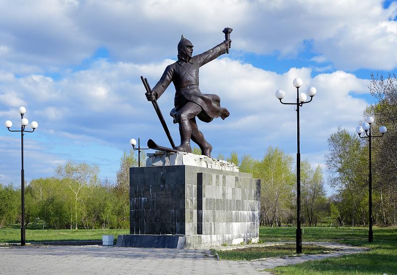 Памятники хабаровска из чего лучше памятники элисты с Орехово-Зуево