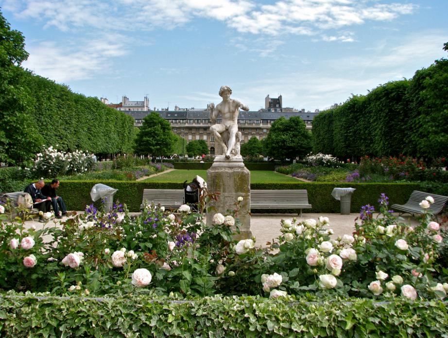 Королевский дворец Пале-Рояль