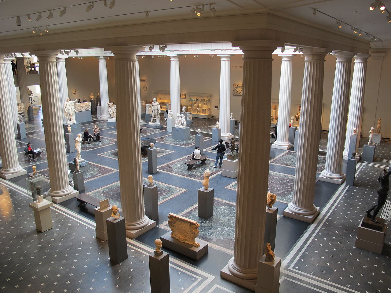 Метрополитен-музей, зал искусства Древнего Рима