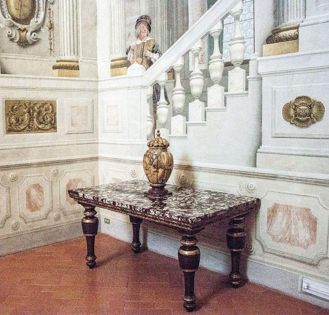 Палаццо-Питти, интерьер Музея серебра