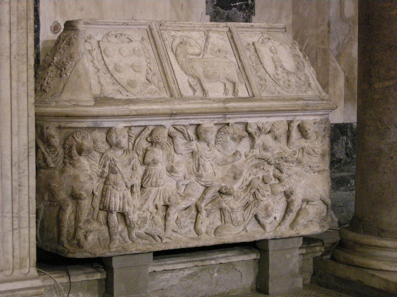 Баптистерий Сан-Джованни, саркофаг