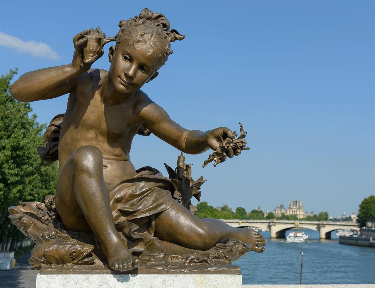 Мост Александра III, Девушка с раковиной