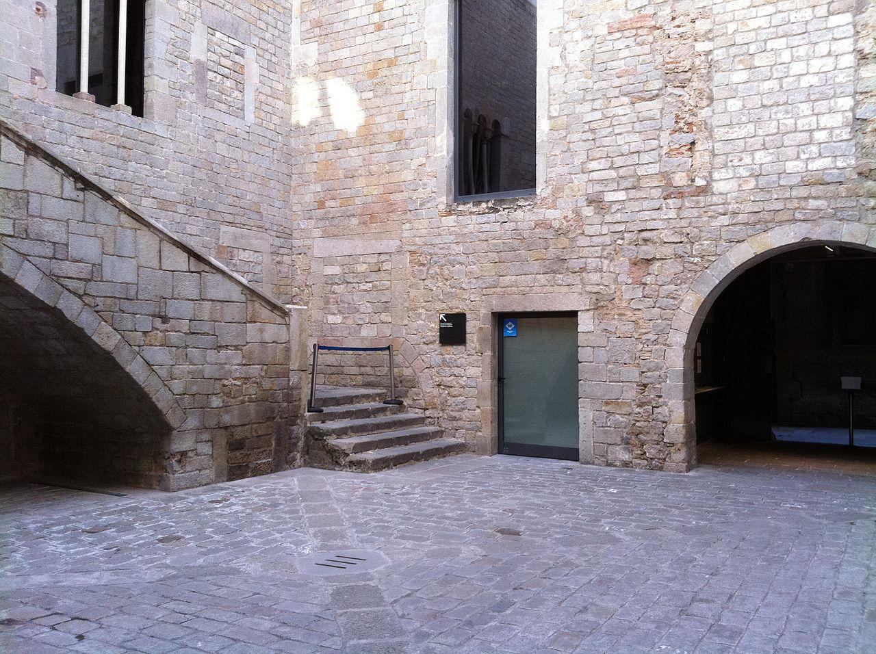 Музей Пикассо в Барселоне, патио