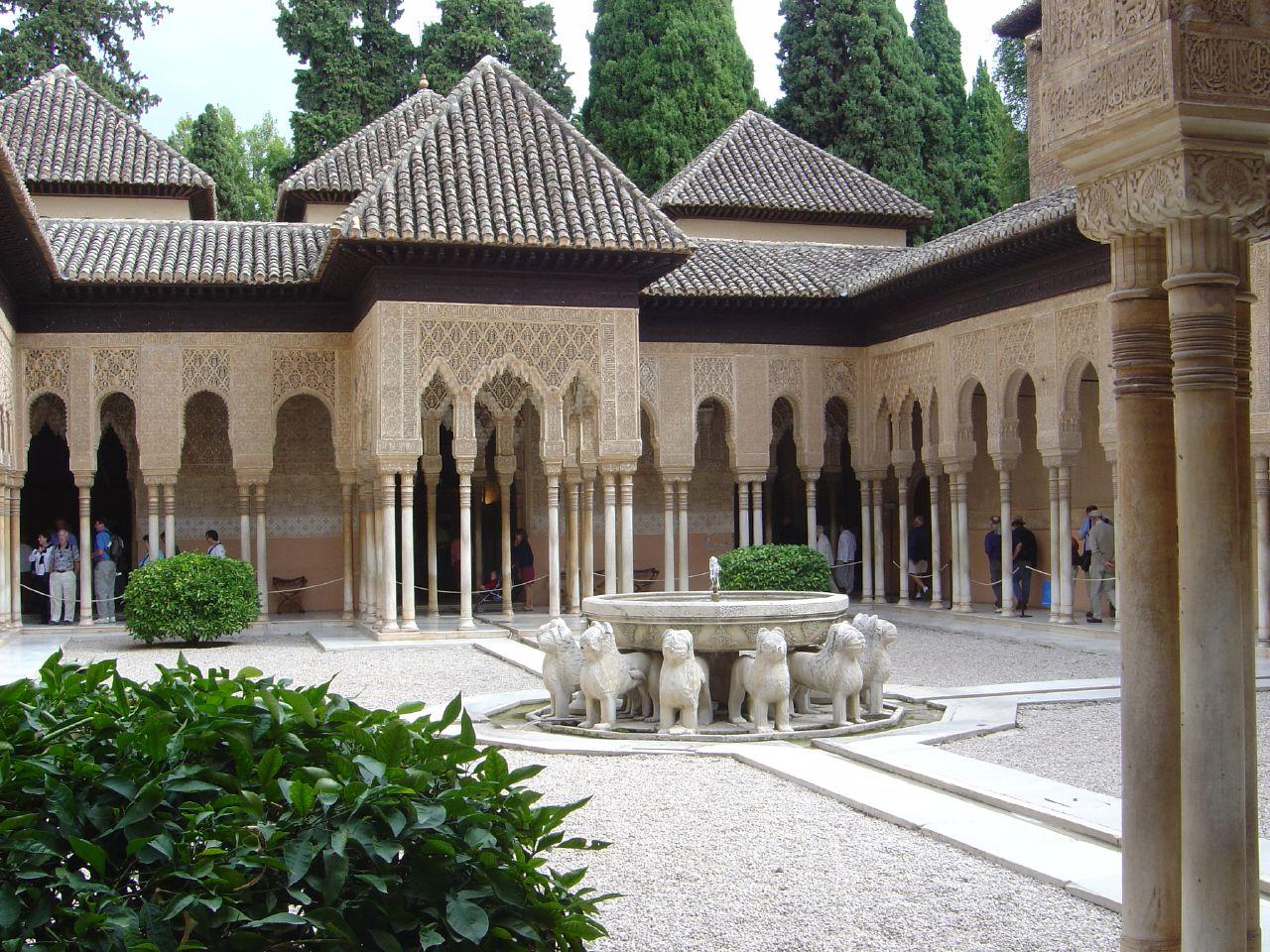 Альгамбра, львиный дворик