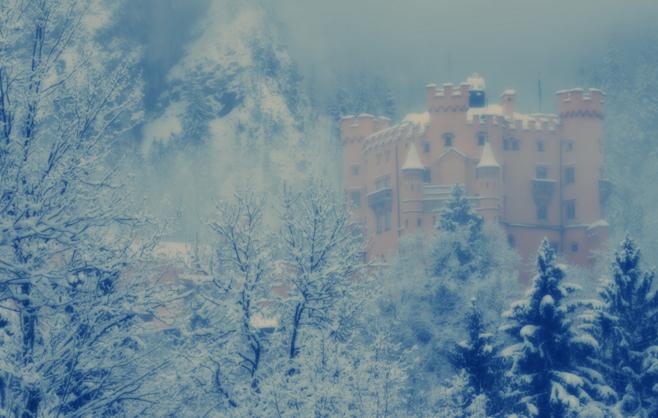 Замок Хоэншвангау в тумане