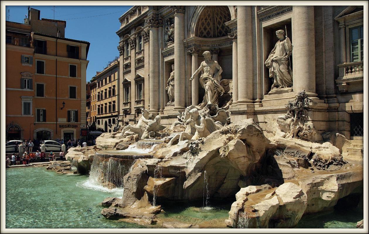 Вид на фонтан Треви, Рим